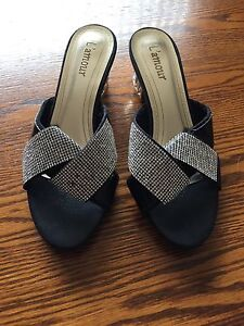 L'amour women's shoe size 8