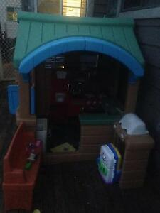 Kids cubby house Teralba Lake Macquarie Area Preview