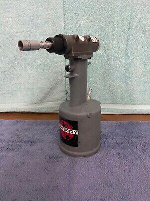 Cherry Textron G784 Double Action Cherrylock Riveter Gun