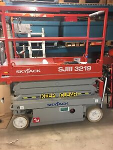 Scissor Lift Rental | Browse Local Selection of Used & New