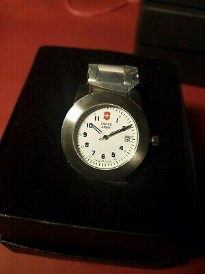 NWT Victorinox Swiss Army White Peak Stainless Steel unisex midsize watch
