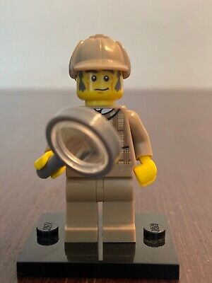 "LEGO Collectible Minifigure #8805 Series 5 ""DETECTIVE"" Sherlock Holmes"