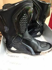 Dainese Torque RS motorcycle boots  size 444 Stanmore Marrickville Area Preview