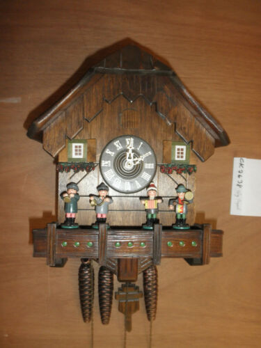 German Black Forest made musical SEE VIDEO Oompah Band 1 Day Cuckoo Clock CK2638
