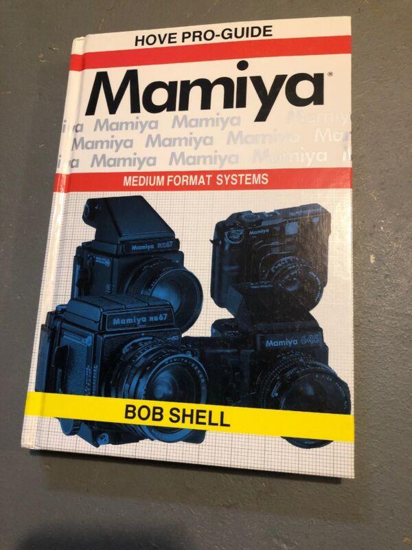 Hove Pro-guide Bob Shell 1992 Medium Format Hardback Illustrated