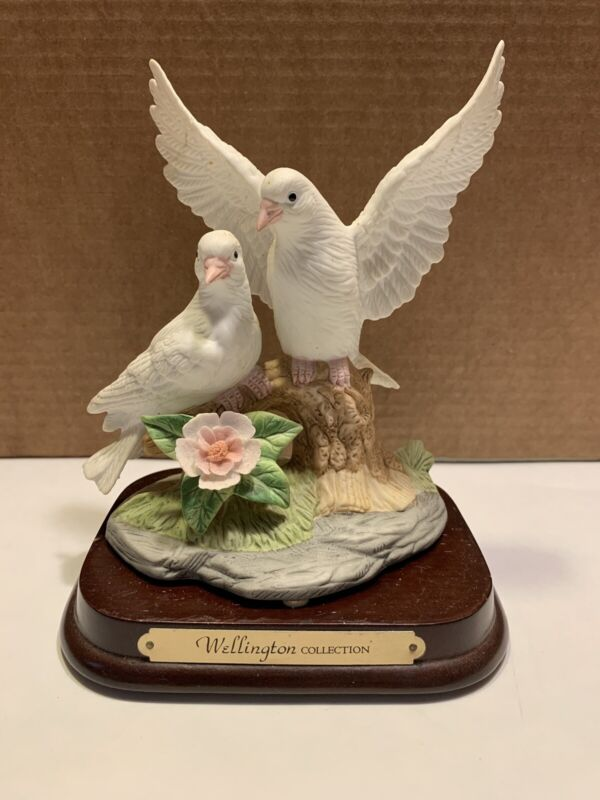 DMM~Bird~Vintage Wellington Collection Two Doves on Flowered Branch With Base