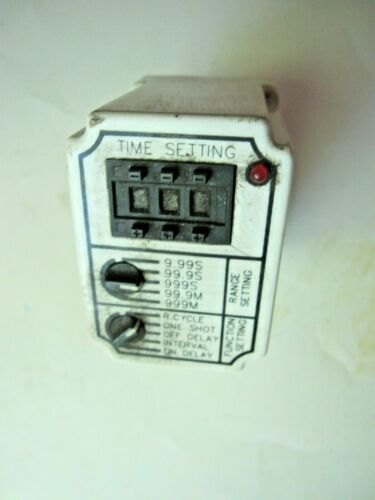 SQUARE D MULTIFUCTION TIMING RELAY 9050 JCK-70