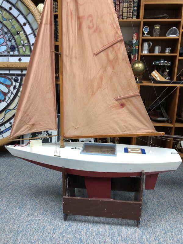 Antique Radio Controlled Pond Sailor