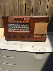 JK70 General Electric Radio Receiver Model