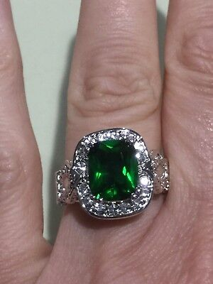 Quartz Antique Style Ring - Beautiful Antique Style Green & Clear Crystal Brass Silvertone Ring Size 6