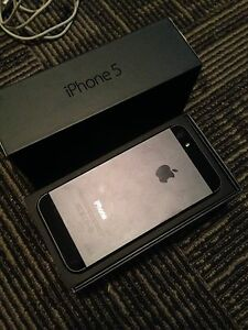 iPhone 5 16gb brand new battery