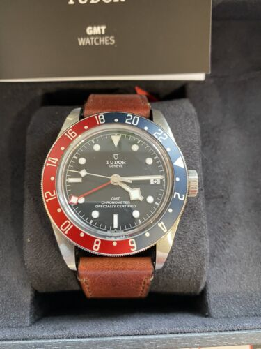 Tudor Black Bay GMT Auto 41mm Steel Mens Strap Watch Date 79830RB - watch picture 1
