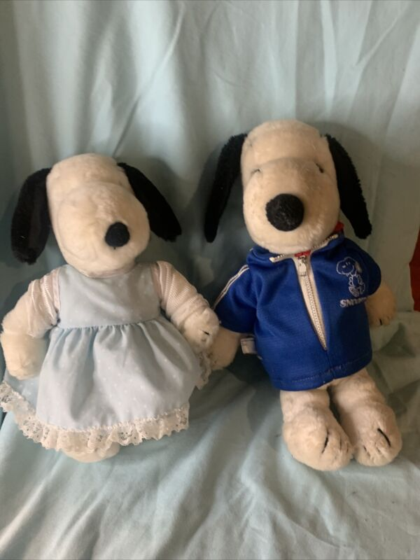 2 1968 Small Snoopy Plush With Outfits