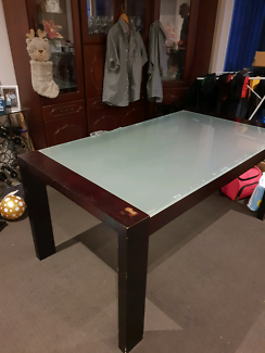 Fantastic Furniture Dining Table