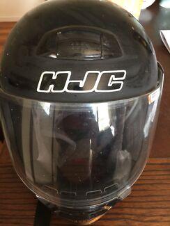 HJC motorbike helmet - medium