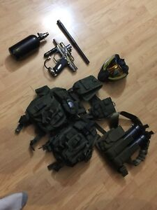 Good condition Custom paint ball guns with accessories bundle