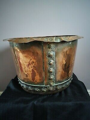 LARGE ORIGINAL VICTORIAN RIVETED COPPER CAULDRON OR PLANTER. POSTAGE AVAILABLE.