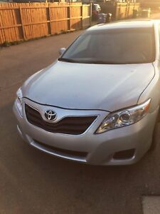 2010 Toyota Camry LE Fully loaded