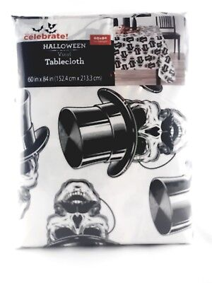Halloween Vinyl Tablecloth (SKULL WITH TOP HOT VINYL TABLECLOTH HALLOWEEN 60