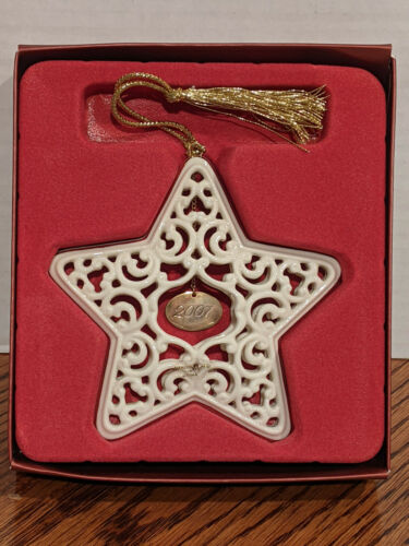2007 Lenox Annual Christmas Star Ornament