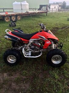 2009 Kawasaki KFX450R with reverse and low hours!