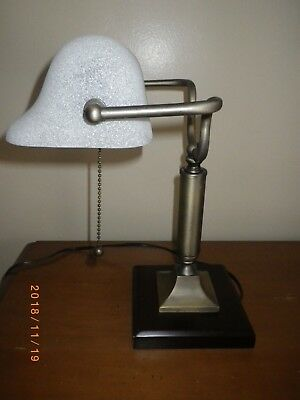 Bankers Style Office Home Student DESK LAMP w/ Frosted GLASS SHADE + Pull Chain
