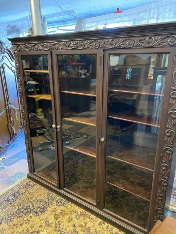 Antique Horner North Face Mahogany 3 Door Bookcase