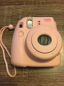 Excellent Condition FUJIFILM Instax Mini 8 Instant Camera! Pink!