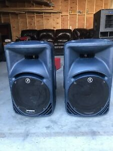 Mackie SRM450v2 400W Active 2-Way Loudspeaker. Pristine condition
