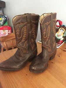 Men's cowboy boots Gosnells Gosnells Area Preview