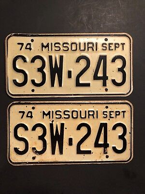 VINTAGE 1974 MISSOURI LICENSE PLATE S3W-243 MO 74 TAG SET OF PLATES