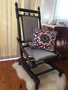 rocking chair 130 00 negotiable vintage antigue dexter rocking chair