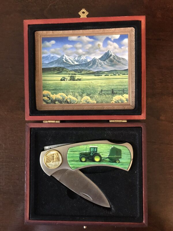 John Deere Tractor Collectable Knife Wooden Collector Box