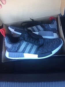 Adidas nmd r1 size 10.5 Springwood Logan Area Preview
