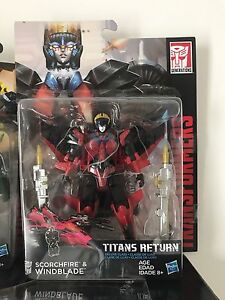 Hasbro Transformers Titians Return Deluxe Windblade