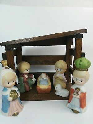 Nativity Scene 7 Piece Porcelain Set with Wooden Stable holiday Jesus birth