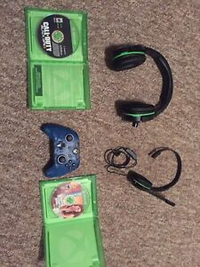 Xbox one games, controller and two headsets (turtle beach)