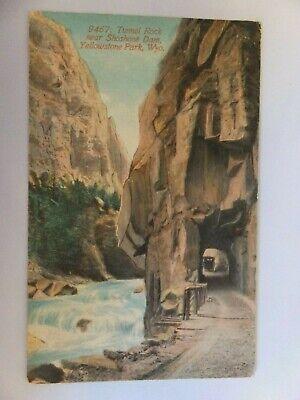 Yellowstone postcard - Acmegraph -  9467 Tunnel Rock near Shoshone Dam
