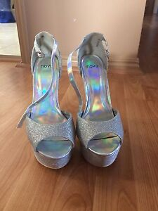 Novo Silver Sparkly Heels Size 8 Upper Mount Gravatt Brisbane South East Preview