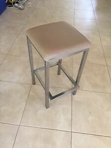 4 bar stools Miami Gold Coast South Preview
