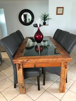 Bali dining table & 6 chairs