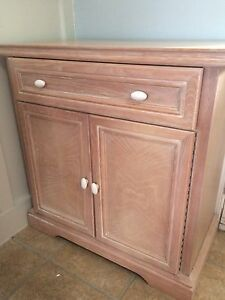 Beautiful solid wood cabinet - price drop Kingston Kingston Area image 2