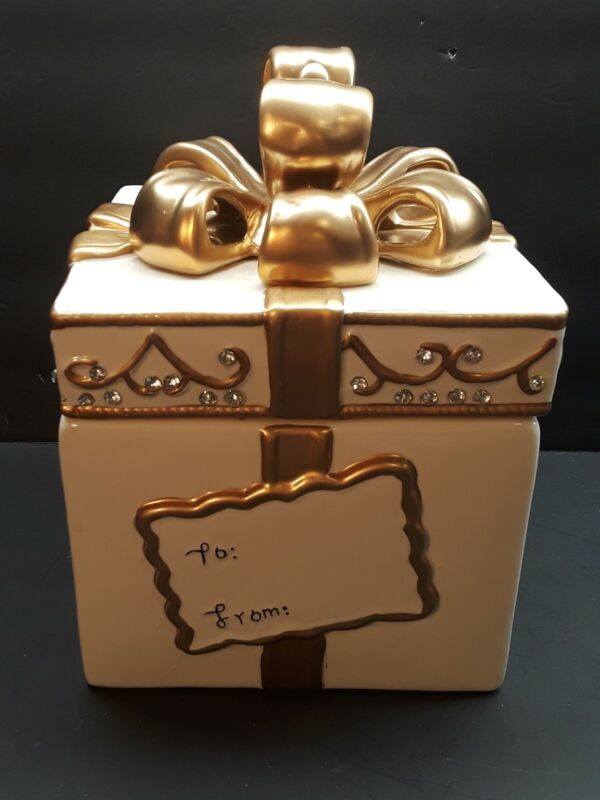 Holiday Ceramic Christmas Gift Present Cookie Jar