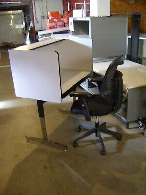 Office Retail Home Work Station Private Cubical Personal Space Desk Table