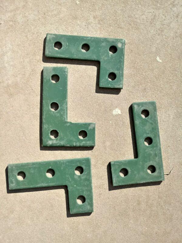 "Unistrut 4-hole Flat ""L"" (10pcs) Green (P1380a)"