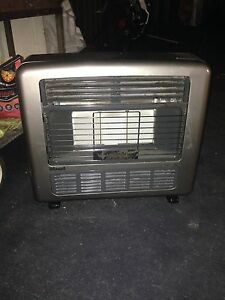 Free Rinnai heater Liverpool Liverpool Area Preview
