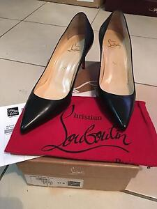 Décolleté 70 Christian Louboutin size 7 or eh 37.5 Sydney City Inner Sydney Preview