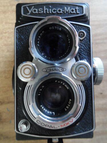 Yashica Mat camera - 120 film format