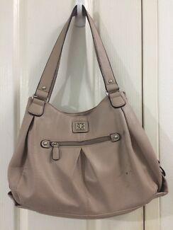 Handbag Nightcliff Darwin City Preview