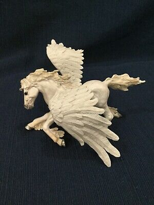 Safari Ltd Pegasus Figurine